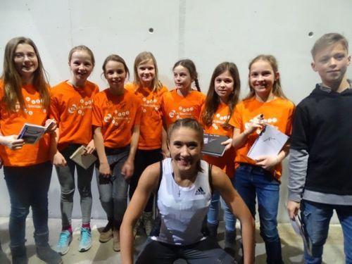 VR-Talentiade-Kids treffen die internationalen Stars beim Indoor Meeting in Karlsruhe