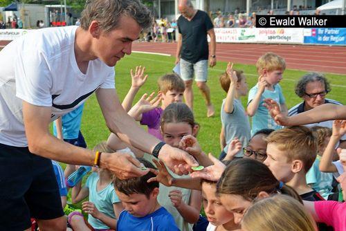 """""""Kinder sind laufend unterwegs"""" - Pliezhausen, 12. Mai 2018"""