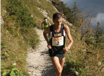 Trailrunning-Lehrgang mit dem ehemaligen Deutschen Berglaufmeister Timo Zeiler