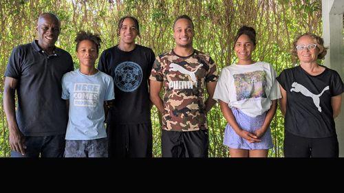 Die Leichtathletik-Familie Skupin-Alfa: Vater Marcus, Magnus, Malik, Milo, Vanda und Mutter Natalie (v. links)